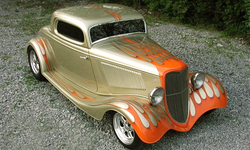 1933 Ford Coupe — side shot